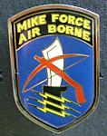 Army Mike Force Air Borne pin R $4.00